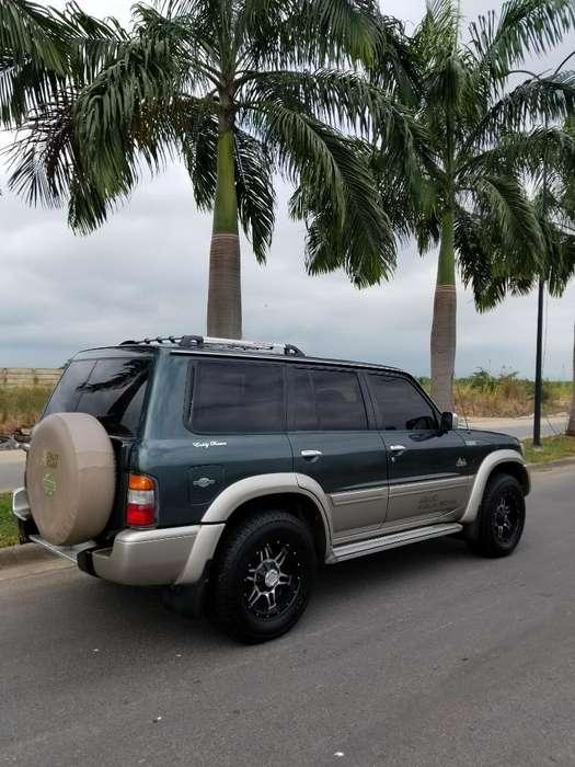 Nissan Patrol  2001 - 0 km