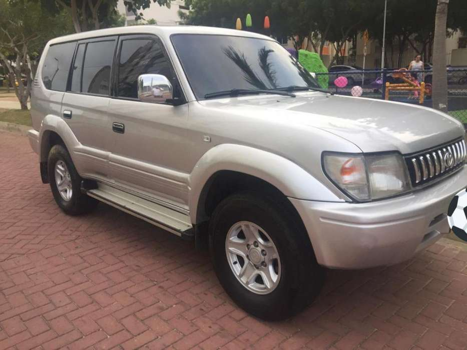Toyota Prado 2002 - 200000 km