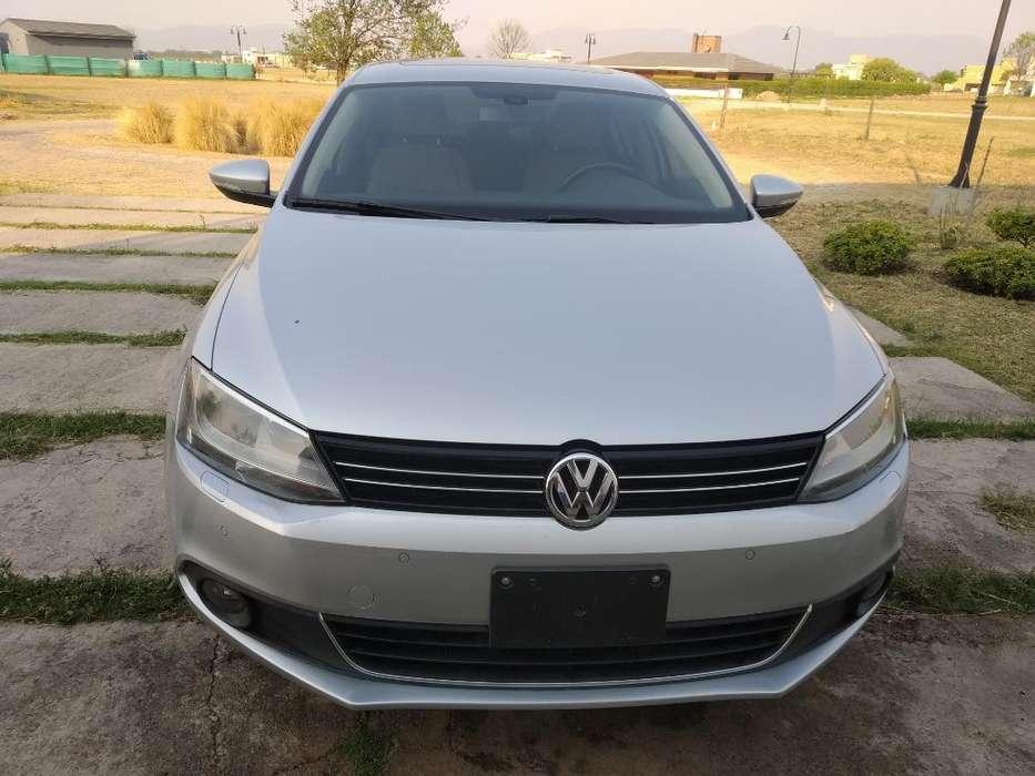Volkswagen Vento 2014 - 55000 km