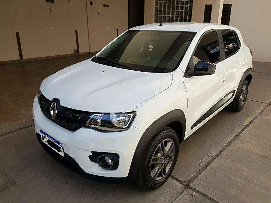 Renault Kwid 2018 - 9000 km