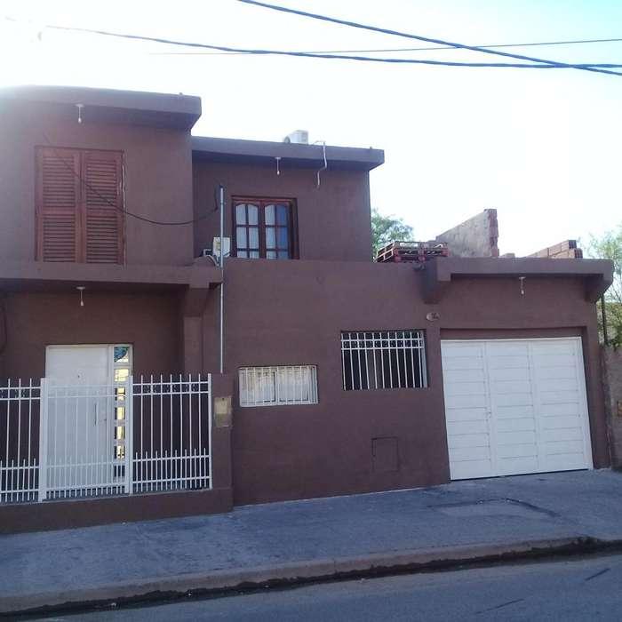 Vendo casa Barrio 25 de Mayo Sur a mts de terminal nueva