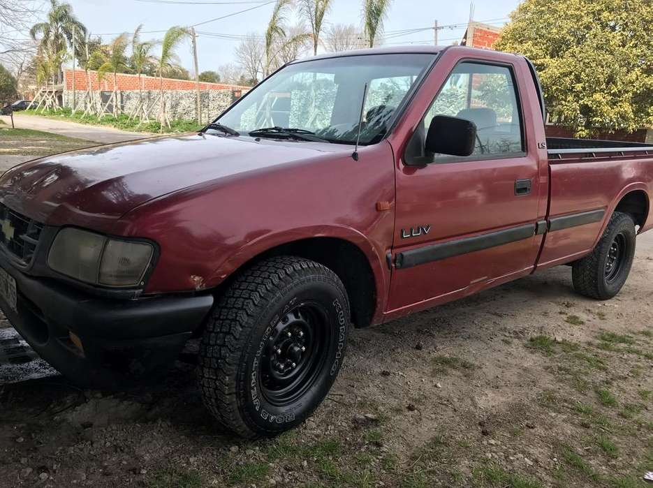 Chevrolet Luv 1999 - 100000 km