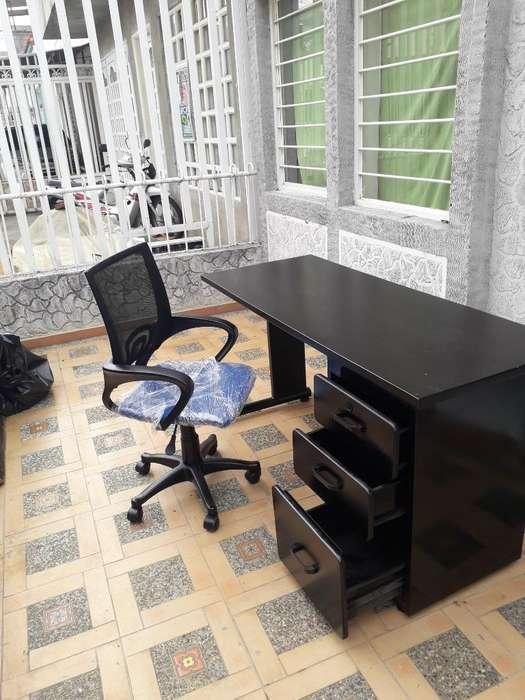 Vendo <strong>escritorio</strong> con Silla