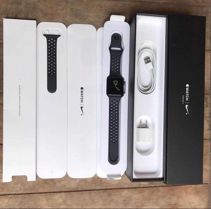 Apple Watch 42Mm/Edición Nike/Series 3