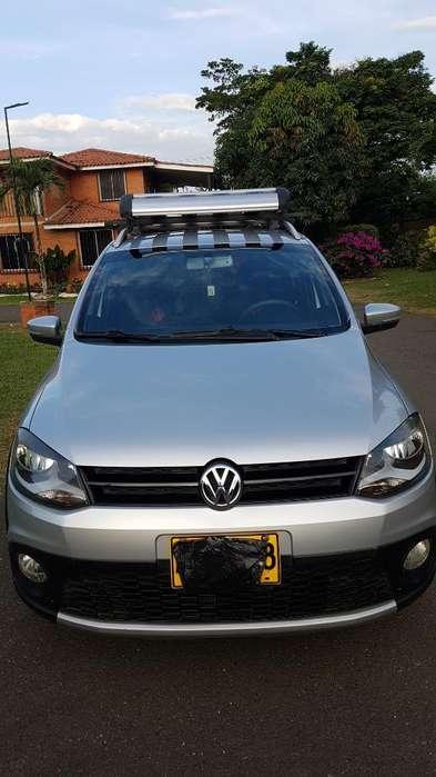Volkswagen Crossfox 2013 - 125000 km