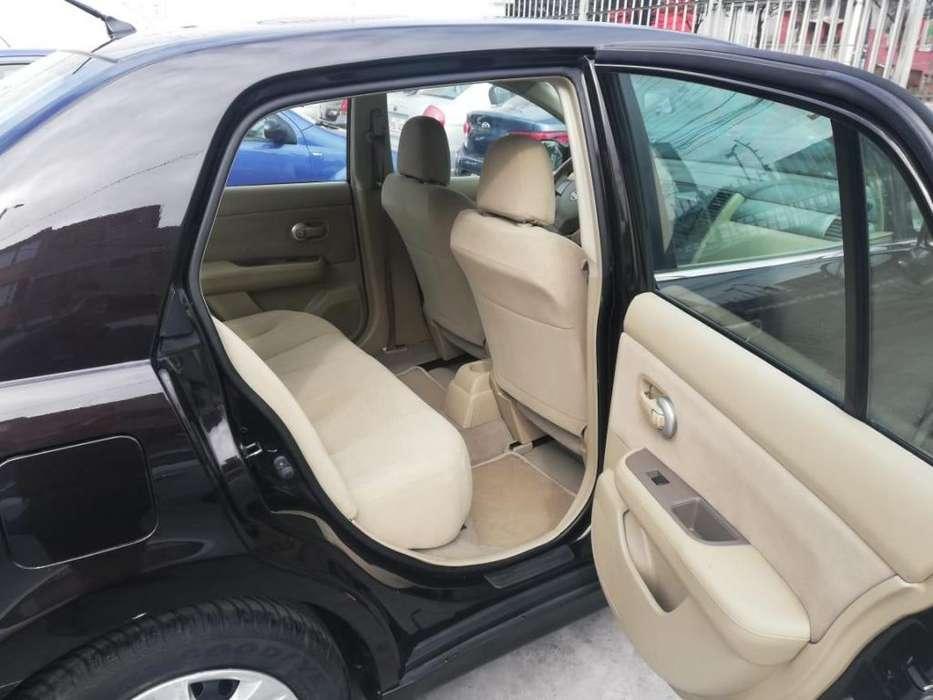 Nissan Tiida 2011 - 148800 km