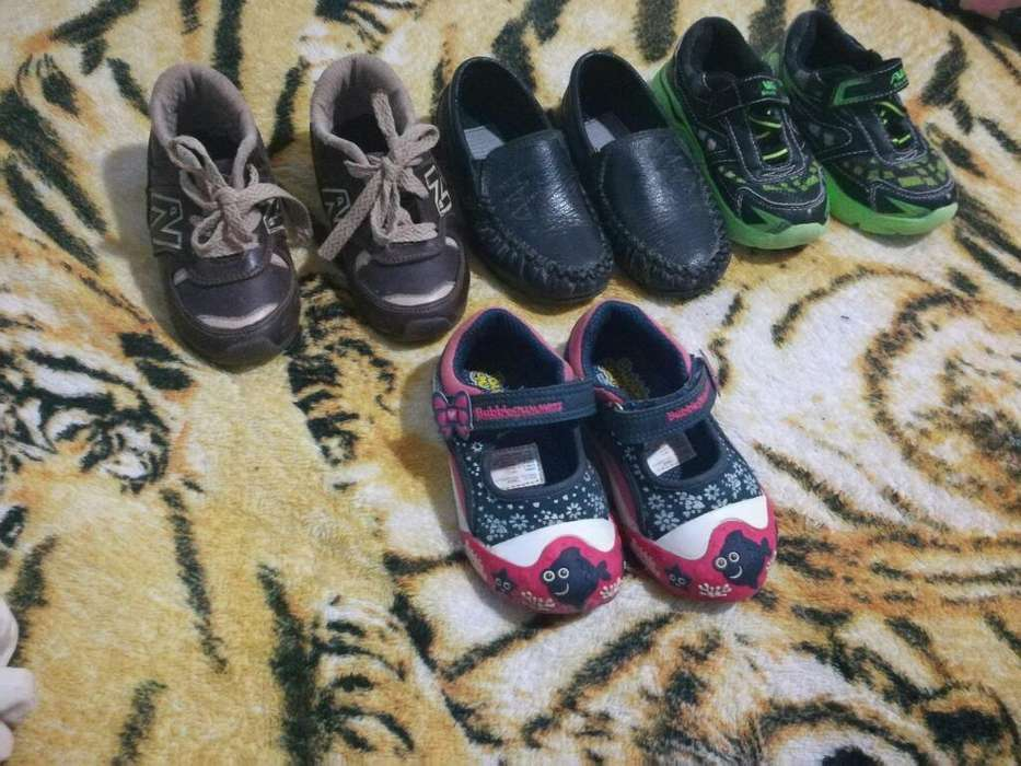 Se Vende Zapatos de Niña Y Niños