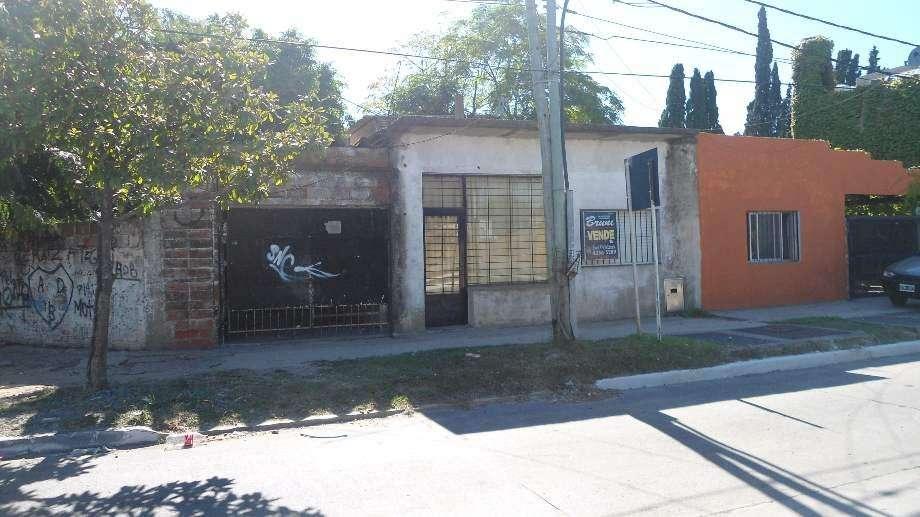 Local con Vivienda en venta en Berazategui Este