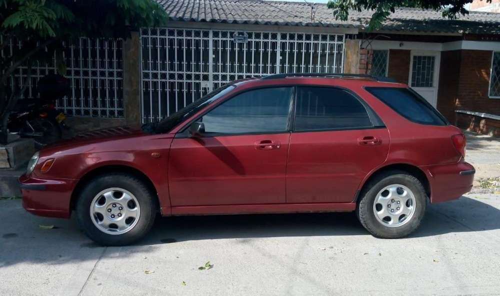 Subaru Impreza 2002 - 200000 km