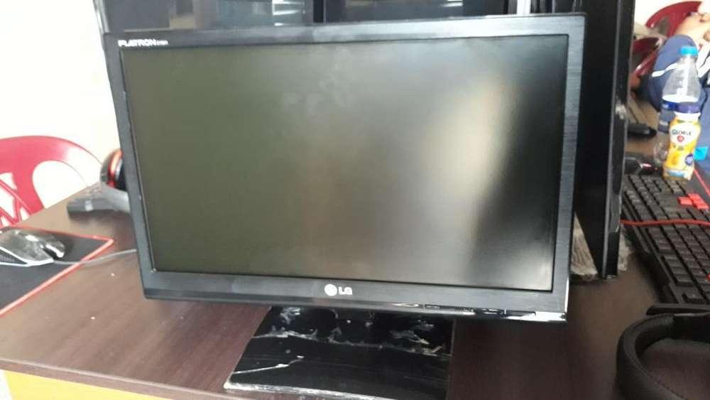Vendo Monitor 19 Lg.
