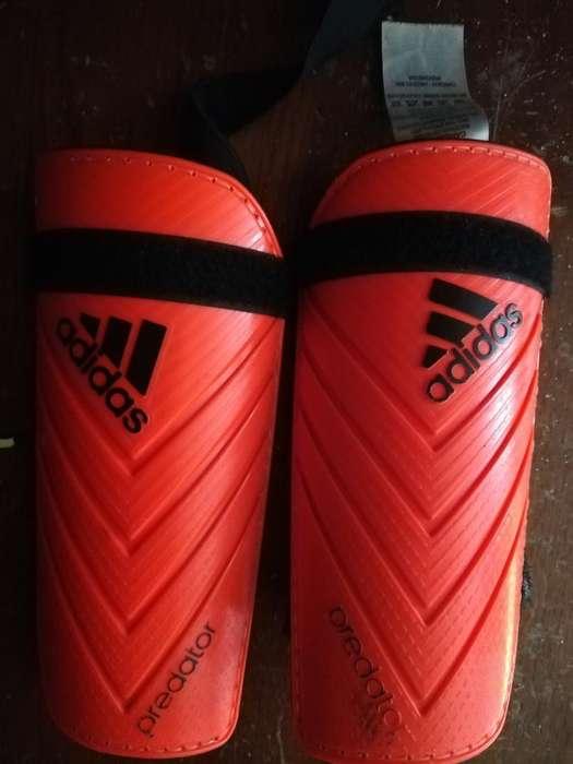 Canilleras <strong>adidas</strong> Originales