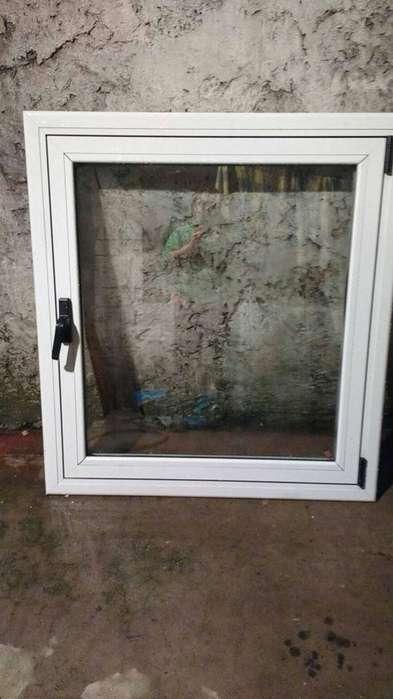 ventana banderola de <strong>aluminio</strong>