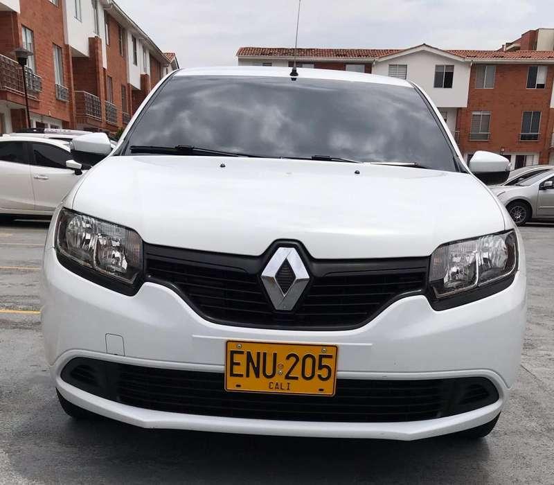 Renault Sandero 2019 - 14000 km