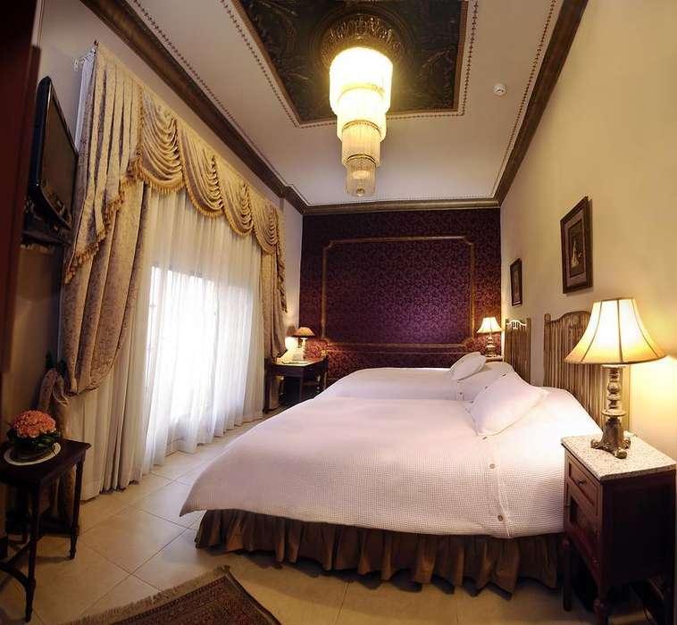 # SE VENDE PRESTIGIOSO HOTEL MANSIÓN DEL RÍO (AMOBLADO) BARRIO LAS PEÑAS/ PUERTO SANTA ANA.