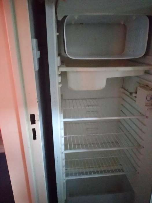 Heladera Marshall con Congelador