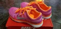 Zapatillas Nike Nuevas en Caja
