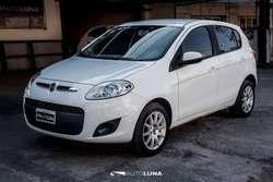 FIAT PALIO ATTRACTIVE 2013 ENTREGA 220000 Y CTAS
