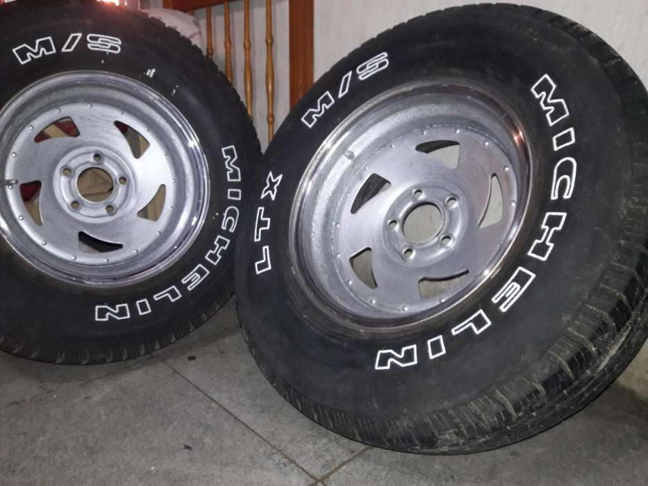 <strong>llanta</strong>s R15 camioneta fletes 02