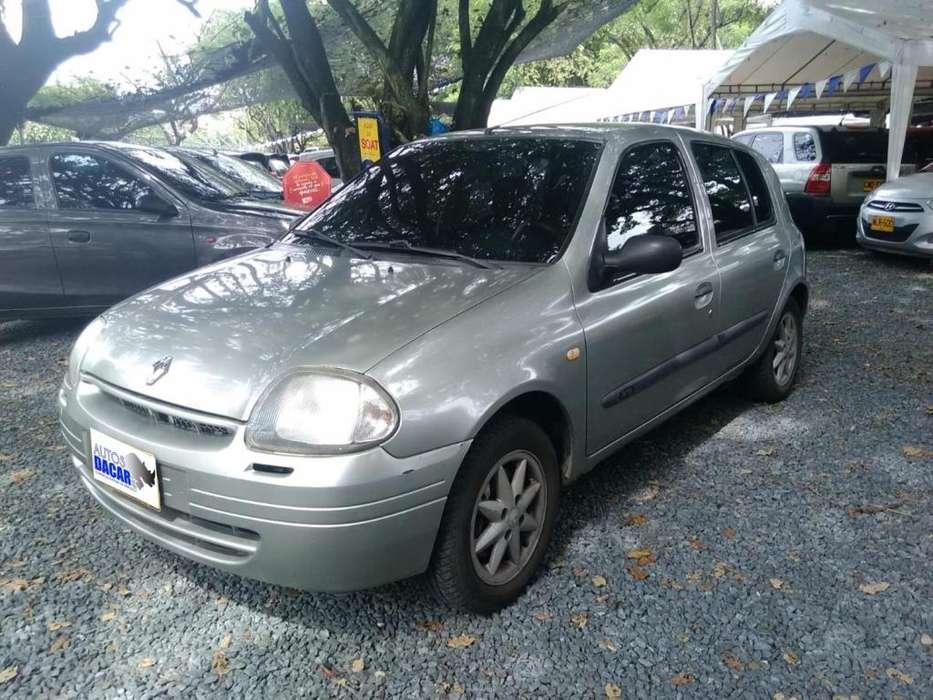Renault Clio  2002 - 196298 km