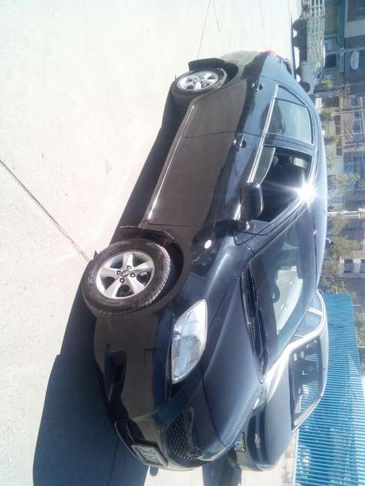 Toyota Yaris 2007 - 156000 km