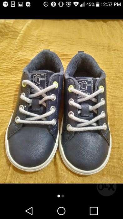 Zapatos de Niño Americanos