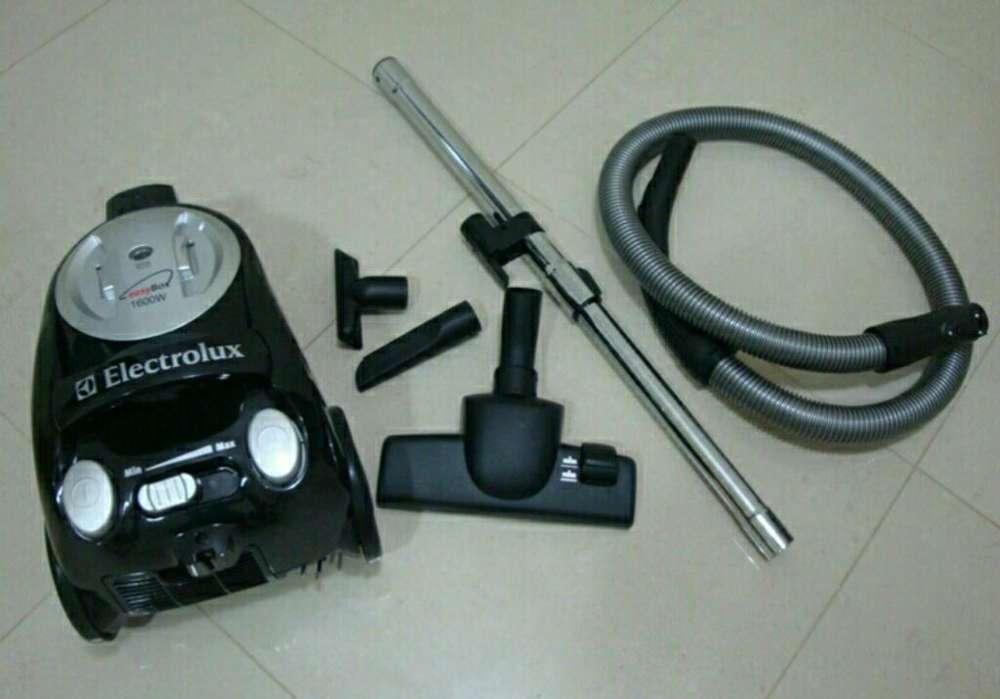Aspiradora Electrolux Easy Box 1600w