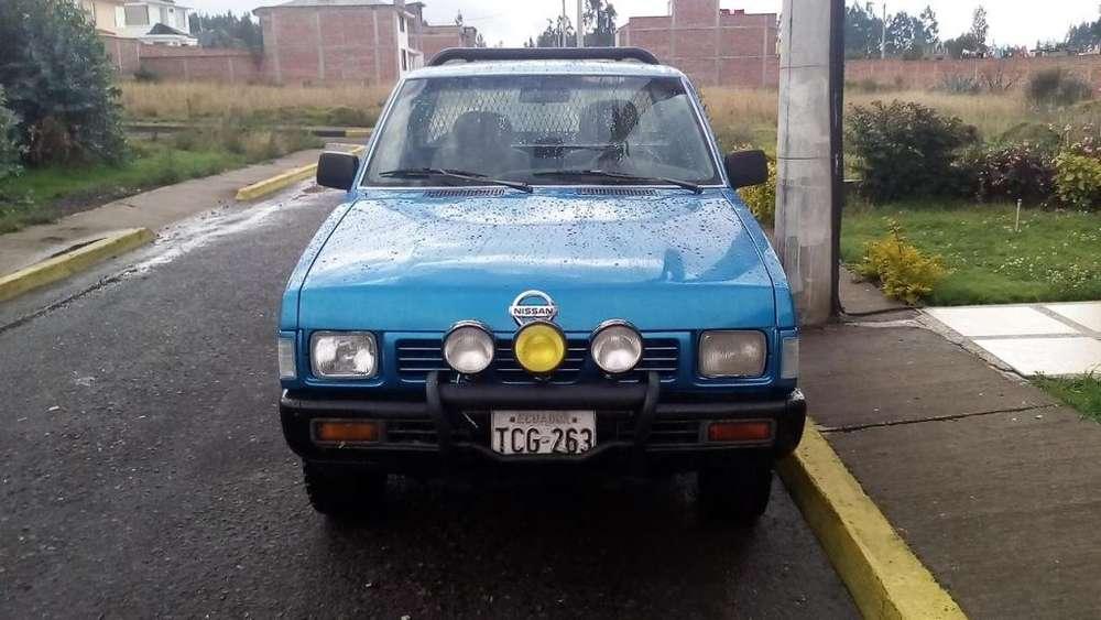 Nissan Pick-Up 1997 - 521000 km