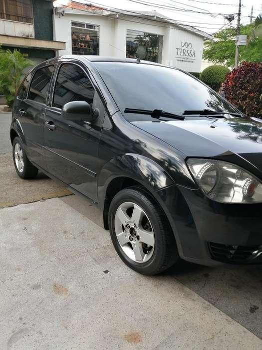 Ford Fiesta  2005 - 135000 km