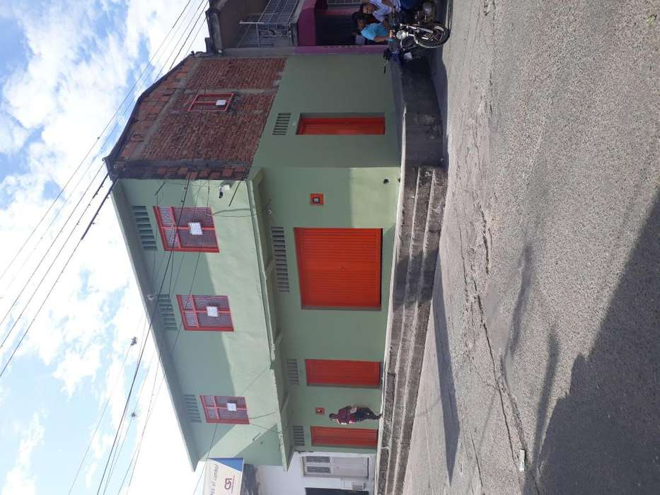 Gangazo Vendo hermasa casa de dos pisos para <strong>negocio</strong>