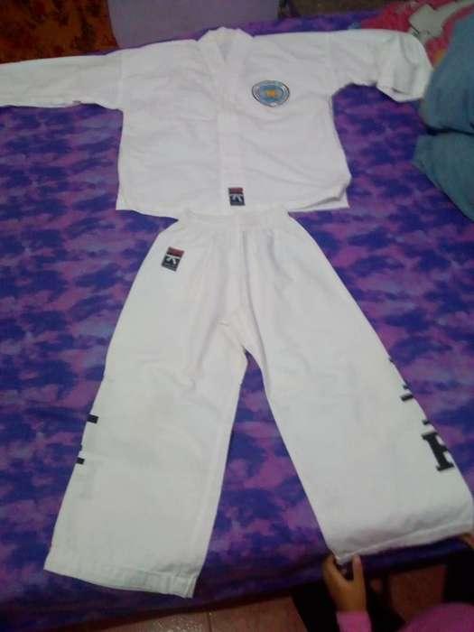 Conjunto de Taekwondo