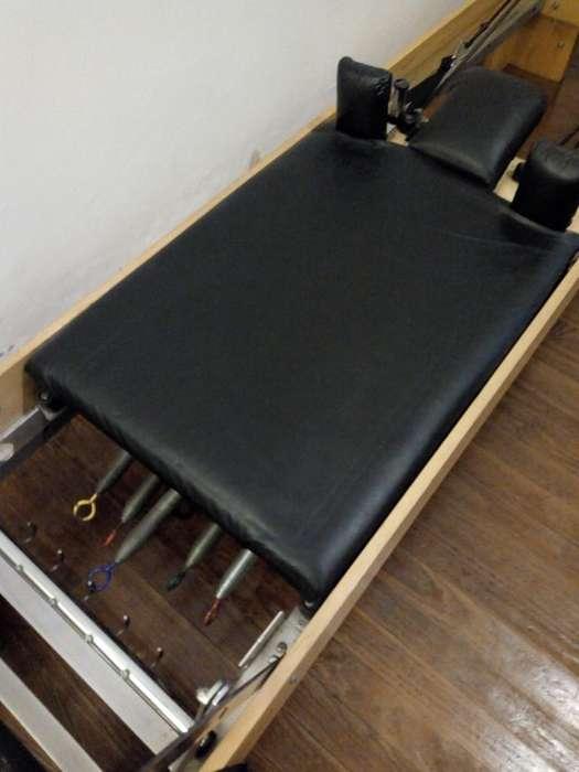Cama de Pilates Reformer