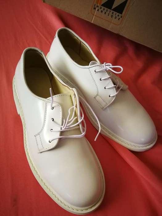 Zapatos de Charol Nuevos Ni Un Solo Uso