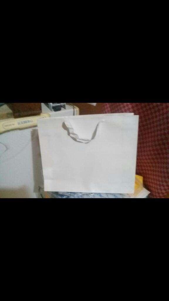 Vendo Bolsas de Carton