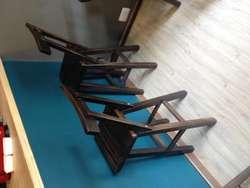 vendo mesas y sillas o cambio escucho propuestas