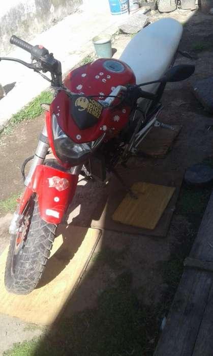 Vendo O Permuto Moto <strong>gilera</strong> Vc 200 R