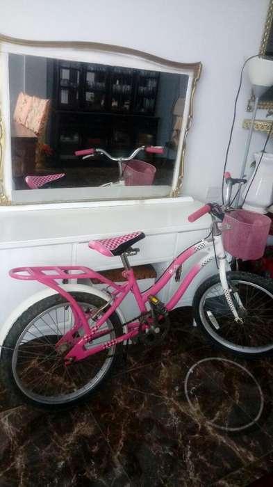 Tocador Y Bicicleta Barbie