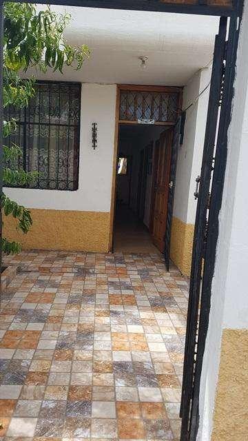 Casa en Venta, Vargas Torres y Esmeraldas, Sector la Condamine Riobamba