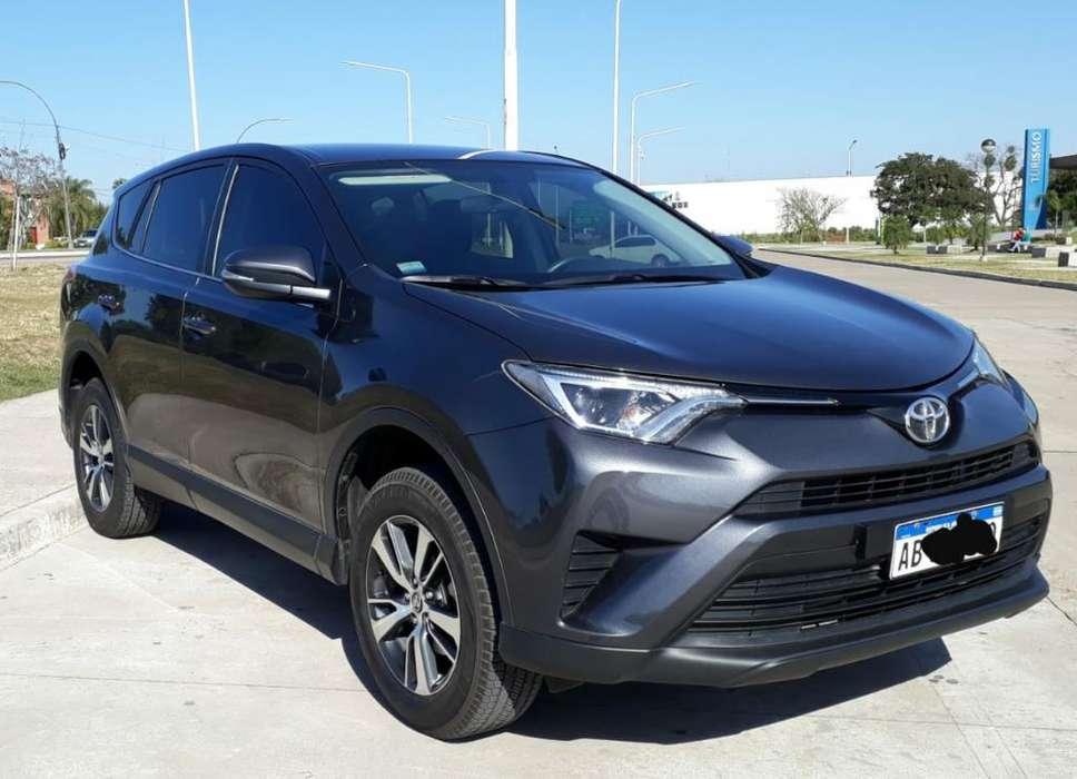 Toyota RAV4 2017 - 22000 km