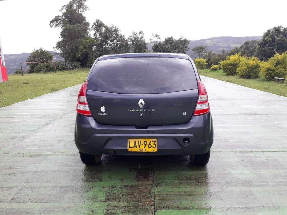 Renault Sandero 2013 - 50000 km