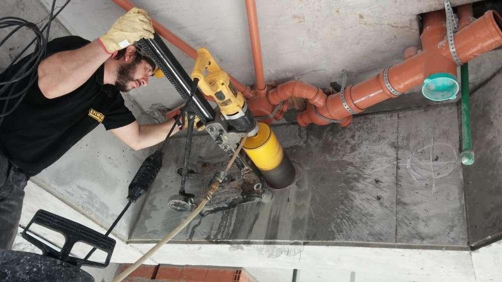 Perforación de hormigón armado. Perforacion para Anclaje Quimico y montaje de equipos.Sacatestigo Probeta