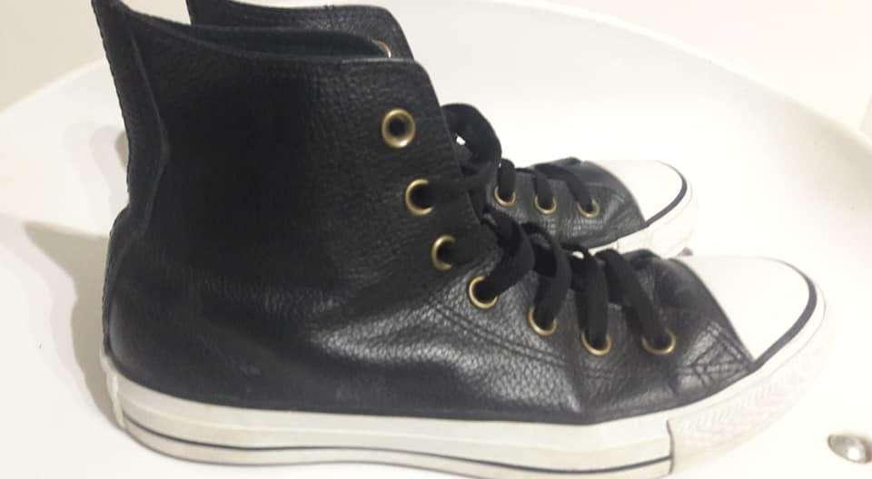fe0ca73f4e Converse botas cuero all star excelentes negras talle 38. Ver 4 FOTOS