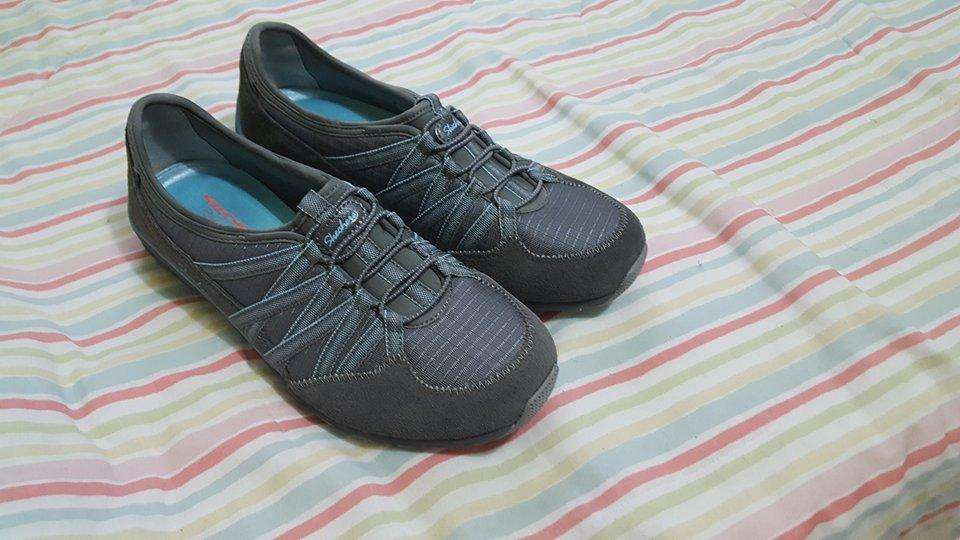 zapatillas sckechers completamente nuevas