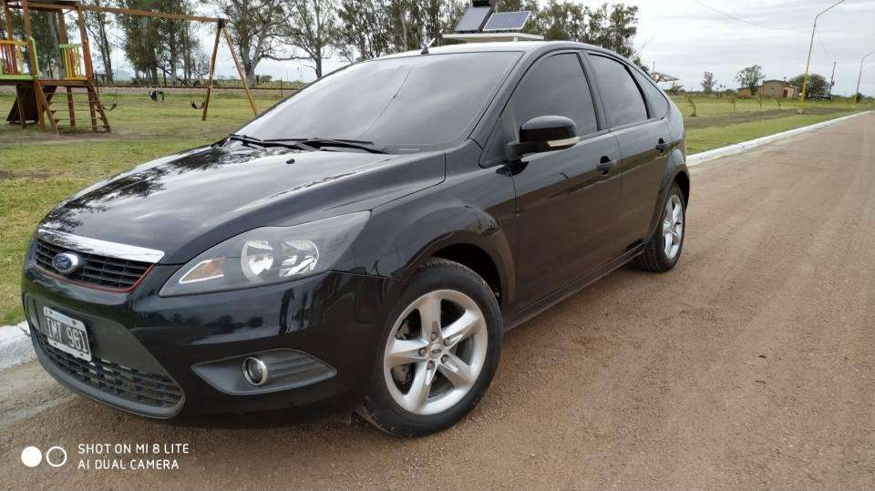 Ford Focus 2010 - 164800 km