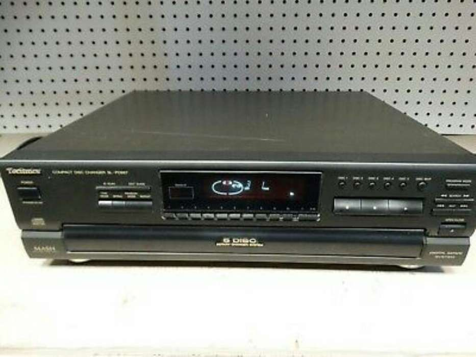 Technics Sl-pd887 Cd Changer-carousel 5