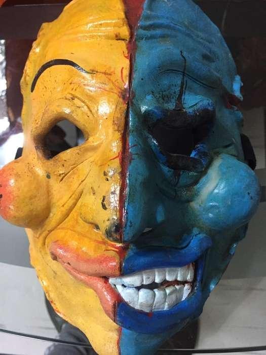 Mascara Ceramica en Frio