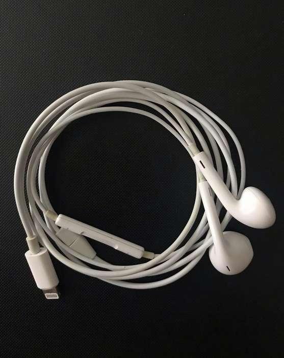 Audífonos Apple iPhone 7 Plus