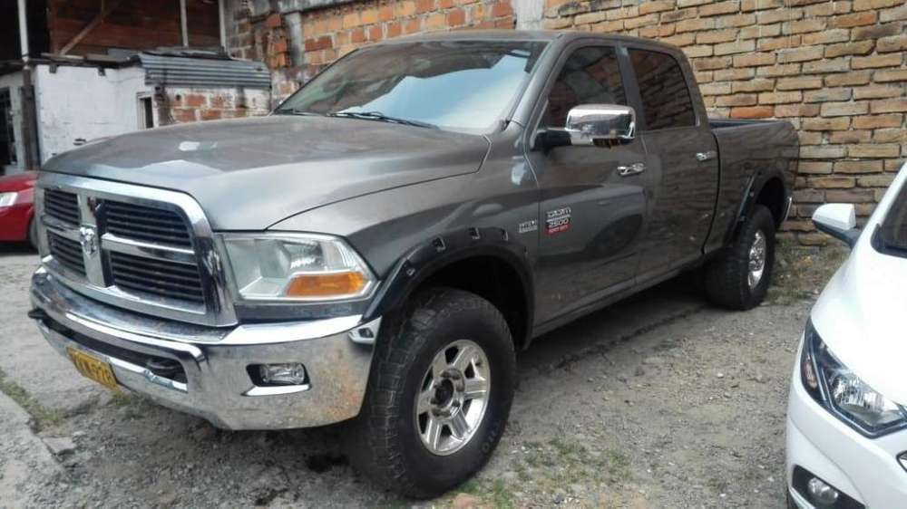 <strong>dodge</strong> Ram 2011 - 123 km