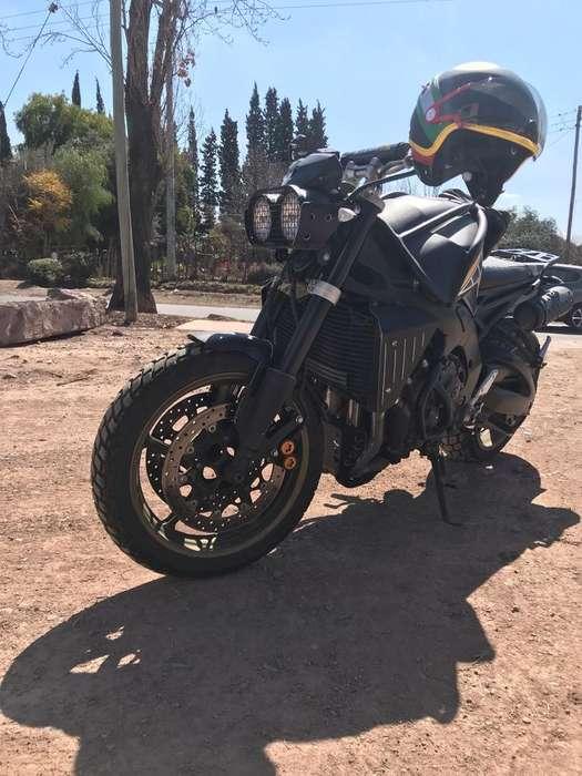 Yamaha Fz 1000 N ( No Mt Scrambler )