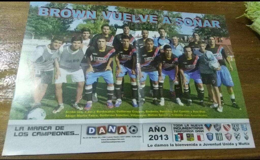 Poster Ascenso equipo de Brown de Adrogue Año 2013