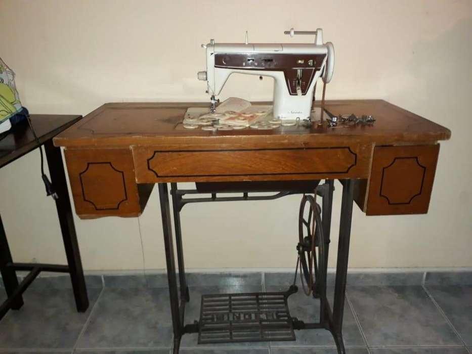 Maquina de coser Singer 308
